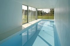 Having a swimming pool is probably one of the most must-have-list when it comes to building a home. These indoor pool ideas can help your dream come true. Indoor Swimming Pools, Swimming Pool Designs, Lap Swimming, Lap Pools, Zombie Proof House, Moderne Pools, Inside Pool, Dream Pools, Cool Pools