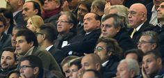 Telelombardia clamoroso: Berlusconi non vorrebbe vendere nemmeno la minoranza a Mr. Bee. Domani Silvio a Milanello con i cinesi