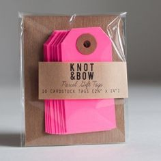 Knot&Bow Neon Pink cadeaulabels 3,50