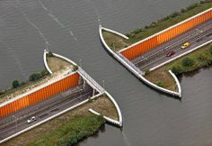 A bridge for water that flows over a highway: Aquaduct Groesbeek - Nijmegen - Nederland.