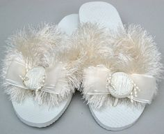 New Wedding Shoes Outdoor Brides Flip Flops Ideas Fuzzy Flip Flops, Black Flip Flops, Bridal Wedding Shoes, Wedding Rings Vintage, How To Do Pedicure, Bride Flip Flops, French Pedicure Designs, Wedding Pedicure, Only Shoes