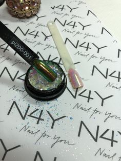 Nail pigment for nails