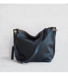 Black crossbody bag hobo style Black Crossbody, Crossbody Bags, Cross Shoulder Bags, Pocket Books, Hobo Style, Black Cross Body Bag, Welt Pocket, Luxury Handbags, Wallet