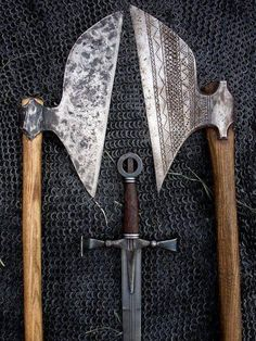 Medieval Sword and Axes Irish Warrior, Medieval Weapons, Norse Vikings, Viking Age, Renaissance, Fantasy Weapons, Dark Ages, Ancient Artifacts, Medieval Fantasy