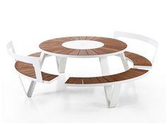 Tavolo da picnic rotondo con panchine integrate PANTAGRUEL by Extremis | design Dirk Wynants