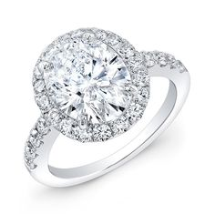 Modern Style Diamond Engagement Ring. #ring #diamond #solitaire #bridal #wedding #engagement