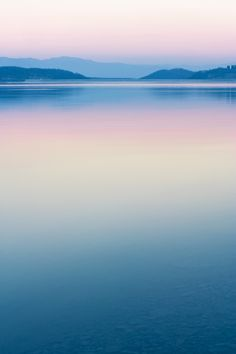 PANTONE COTY 2016 – Peaceful ~ a great tranquil photo of a beautiful landscape -the colours' candy-like too; all too sweet. PANTONE COTY 2016 – Peaceful ~ a great tranquil photo of a beautiful landscape -the colours' candy-like too; all too sweet. Landscape Photography, Nature Photography, Photography Tips, Pastel Photography, Photography Aesthetic, Digital Photography, Ligne D Horizon, Fuerza Natural, Foto Top
