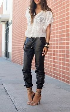 DefinedByNothing - Baggy leather pants
