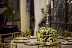 O lindo casamento no Castelo de Itaipava da Tâmila e Diego. Uma noite inesquecível em Itaipava, Petrópolis, RJ. Fotografia Giovani Garcia #castelo #carolhungria #noivos