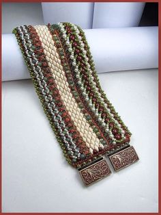 "Beads Beading Beaded, with Erin Simonetti: ""Weaving Along the Warps!"""