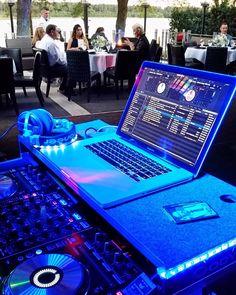 Orlando Wedding, Wedding Dj, Dj Music, Dance Music, Dj Setup, Pioneer Dj, Dj Gear, Dj Equipment, Lap Desk