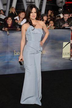 Elisabeth Reaser stunned in powder blue. #Twilight #BreakingDawn