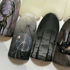 The advantage of the gel is that it allows you to enjoy your French manicure for a long time. There are four different ways to make a French manicure on gel nails. Halloween Nail Designs, Halloween Nail Art, Gorgeous Nails, Pretty Nails, Witchy Nails, Ten Nails, Nagellack Design, Cute Nail Art, Nagel Gel