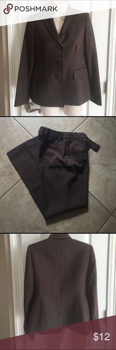 """Anne Klein Pantsuit Size 4P Brown, fully lined, 29"""" inseam, EUC from a non-smoking home Anne Klein Other"""