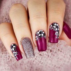 33 Super Pretty Flower Nail Designs For Copy - Nail Designs # Nail # Nail . Beautiful Nail Art, Gorgeous Nails, Pretty Nails, Flower Nail Designs, Fall Nail Designs, Art Rose, Gel Nagel Design, Cute Nails For Fall, Floral Nail Art