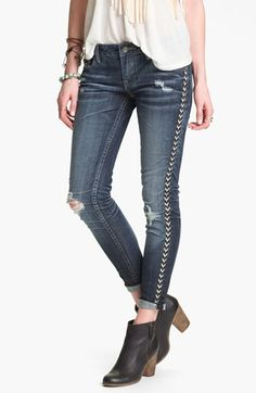 Vigoss Destroyed Embroidered Skinny Jeans