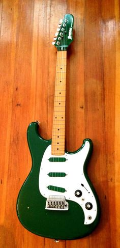 Ibanez Roadstar II RS-135 Series Green with green pickups