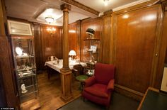 Man builds replica of Titanic cabin using wood and mementos from its sister ship Olympic... in his garden shed