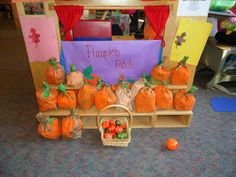 illuminations: Halloween Hangover Make paperbag pumpkins for a pumpkin patch dramatic play Dramatic Play Themes, Dramatic Play Area, Dramatic Play Centers, Preschool Dramatic Play, Preschool Centers, Fall Preschool, Preschool Activities, Preschool Halloween, Preschool Rooms