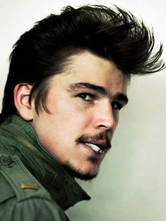 Josh Hartnett not really a fan of his mustache, his hair on the other hand! FANTASTIC