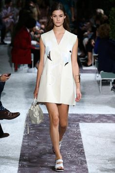 Tod's Spring 2015 Ready-to-Wear - Collection - Gallery - Look 2 - Style.com