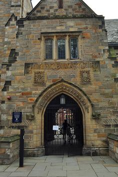 Jonathan Edwards College, Yale University