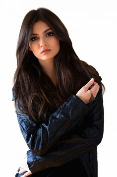 Victoria Justice ♥ ♥ ♥ ♥ ♥ ♥ ♥ ♥ ♥ ♥I definitely want to see her one day I watched her when she was on Zoey 101 all the way till she was on Victorious which I hate when they canceled it I think she is so beautiful.