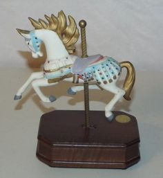 Hand-Painted-Caroussel-Collection-Music-Box-Horse-Third-Edition