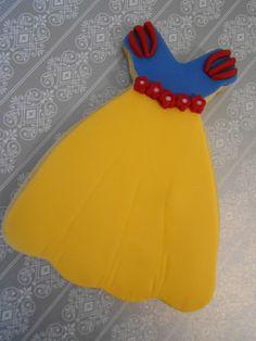 Snow White dress cookie