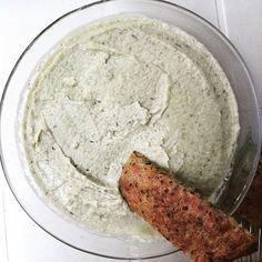 Houmos (Houmos) au concombre #houmos #houmous #concombre #poischiche  #cuisine #food #homemade #faitmaison  N'hésitez pas à nous demander la recette, nous la publierons dans notre blog http://cuisine-meme-moniq.com #yummy #cooking #eating #french #foodpic #foodgasm #instafood #instagood #yum #amazing #photooftheday #dinner #sweet #fresh #tasty #foodie #delish #delicious #foodpics #eat #hungry #foods
