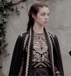 "Mary Stuart - Reign ""Our Undoing"" - Season Episode 8 Mary Stuart, Reign Mary, Mary Queen Of Scots, Queen Mary, Lola Reign, Adelaide Kane, Reign Hairstyles, Reign Tv Show, Reign Dresses"