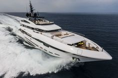 Yacht POLARIS