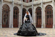 Vestido de noiva com 70 mil cristais inspirado em traje de Viana - JN