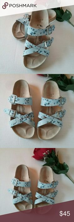 Blue Floral Papilio Size 36 L5 Birkenstock Sandals This is a really nice pair of Birkenstock Papillio light blue floral sandals. They are size 36 or ladies size 5.0 or 5.5 They are in great pre-owned condition. Birkenstock  Shoes Sandals
