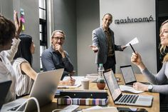 How to improve your public speaking skills Create Powerpoint Presentation, Presentation Format, Onenote Template, Cool Powerpoint Templates, One Note Microsoft, Microsoft Office, Public Speaking, Event Management, Business Management