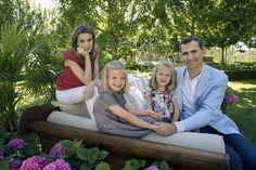 La nuova famiglia reale spagnola, dopo l'abdicazione di Juan Carlos
