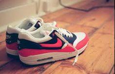 c9db6065454d09 15 Best Nikes  3   images