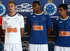Cruzeiro 2014 Copa Libertadores Olympikus Home and Away Kits