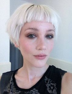 Today we have the most stylish 86 Cute Short Pixie Haircuts. Pixie haircut, of course, offers a lot of options for the hair of the ladies'… Continue Reading → Short Pixie Haircuts, Pixie Hairstyles, Short Hair Cuts, Medium Hair Styles, Short Hair Styles, Coiffure Hair, Haircut And Color, My Hairstyle, Great Hair
