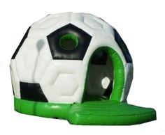 Da freut sich das Geburtstagskind: Hüpfen, Toben, Springen und Feiern mit den Freunden auf der tollen Hüpfburg im Fußball Design :-)