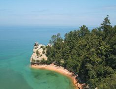 pictured rocks <3