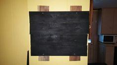 Simple kids pallet chalkboard idea.