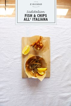 Die Kombination aus knusprigen Sardellen, Pommes frites und Zitrone ergibt ein perfektes italienisches Fingerfood aus dem Süden Italiens. Fish And Chips, Tacos, Mexican, Ethnic Recipes, Italian Finger Foods, Deep Frying, Lemon, Recipies, Mexicans