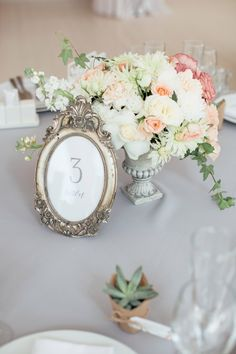 English garden wedding Central composition / centerpiece using gentle pionies, roses