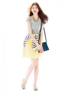 夏らしいイエローボトムには、遊びゴコロある旬靴を合わて ♪ | ファッション コーディネート | with online on ウーマンエキサイト