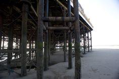 underneath_blackpool_pier.jpg (3200×2129)