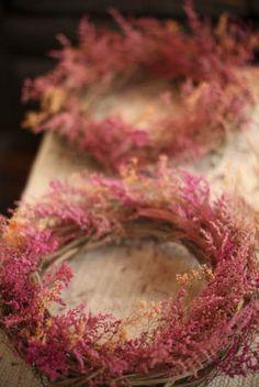 Dried flower wreath.