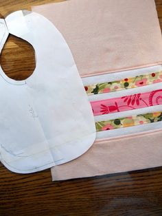 You might be wondering why so many projects of mine are baby related lately. There& good reasons for that, but first let me tell you about . Baby Bibs Patterns, Bib Pattern, Baby Sewing, Sew Baby, Hung Up, Baby Crafts, Told You So, Reusable Tote Bags, Crafty