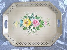NEAR MINT! French Vanilla Cream Vintage Country Tole Tray -Pink Yellow Roses