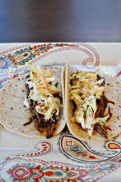 Southwestern Brisket Tacos with Chipotle Slaw - Also great idea to use with leftover brisket! Crock Pot Recipes, Slaw Recipes, Beef Recipes, Mexican Food Recipes, Real Food Recipes, Cooking Recipes, Yummy Food, Game Recipes, Drink Recipes